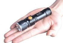 Mini LED Zseblámpa, USB Csatlakozóval