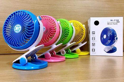 Csíptethető mini asztali ventilátor akkumulátorral