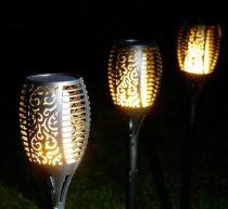 Napelemes lángoló LED fáklya